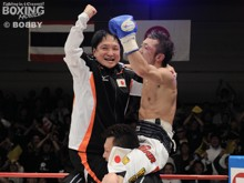2011/10/24<br>WBA世界ミニマム級王座戴冠