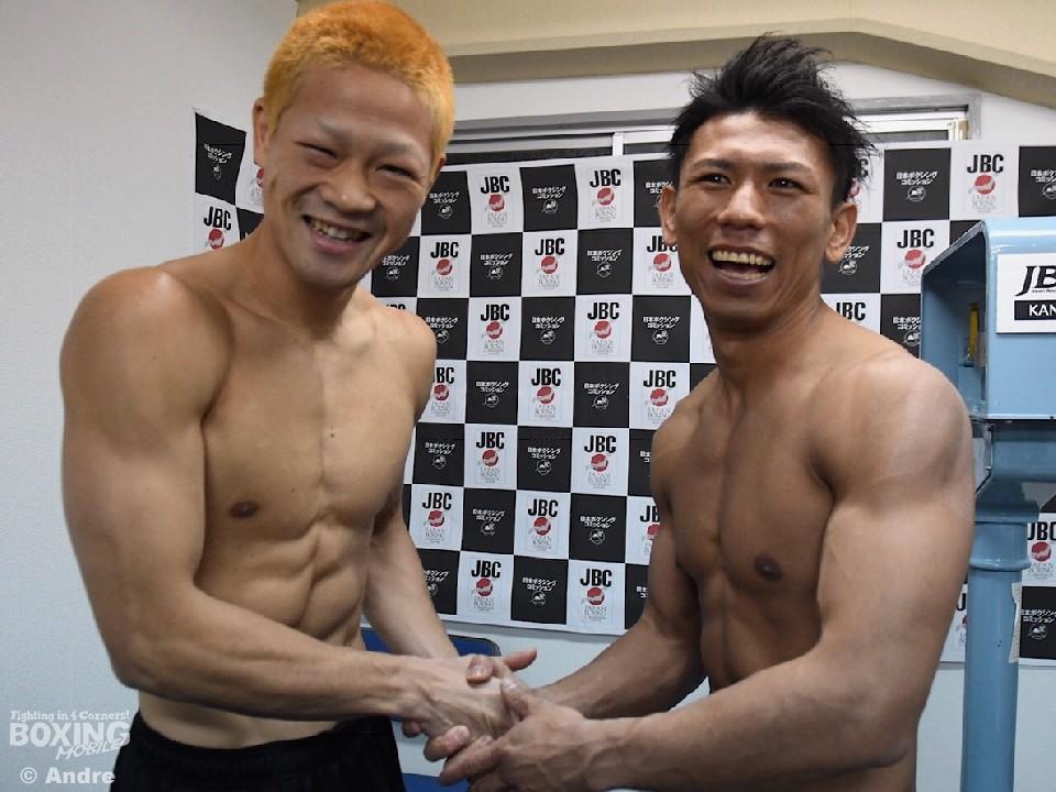 健闘を誓い合った左:矢田と右:藤中