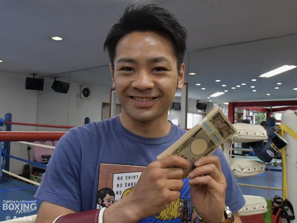 ストロング小林佑樹に100万円
