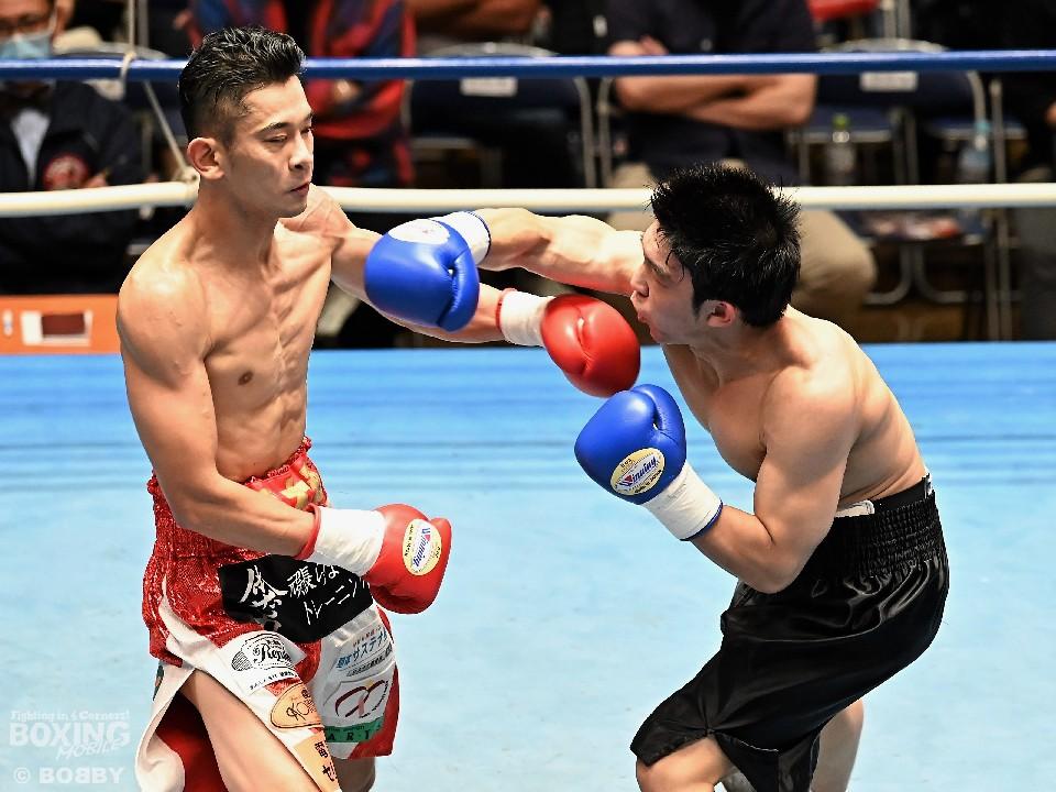 右:遠藤勝則(角海老宝石)がランカー挑戦