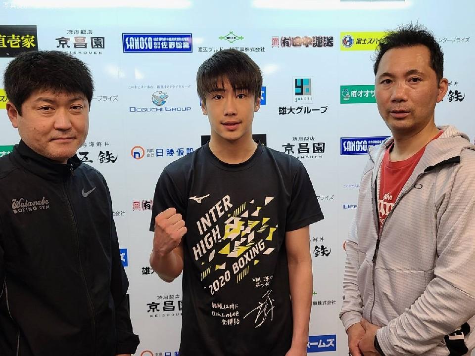左:高橋智明トレーナー 右:前島正晃会長