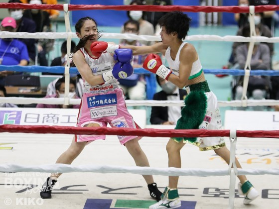 WBO女子世界アトム級タイトルマッチ